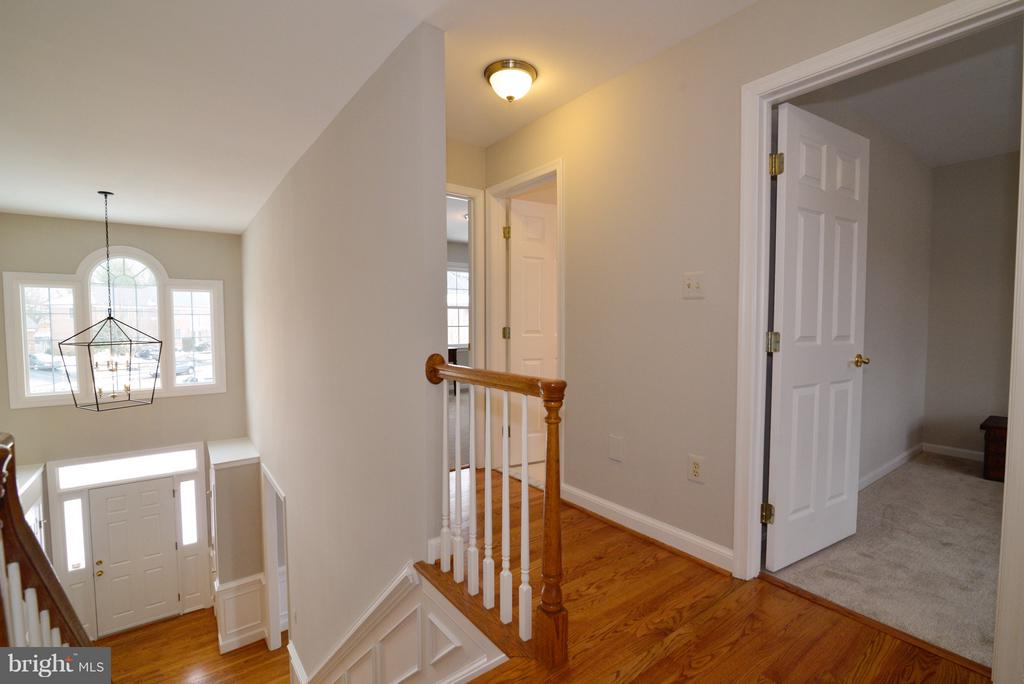Upper Level View - 14405 VIRGINIA CHASE CT, CENTREVILLE