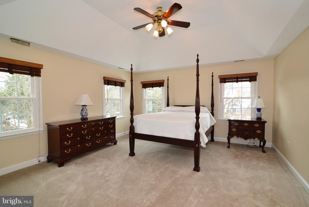 Window Treatments - 14405 VIRGINIA CHASE CT, CENTREVILLE
