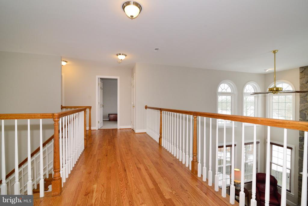 Upper Level - 14405 VIRGINIA CHASE CT, CENTREVILLE