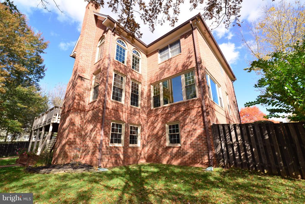 Four Sided Brick HOUSE!!! - 14405 VIRGINIA CHASE CT, CENTREVILLE
