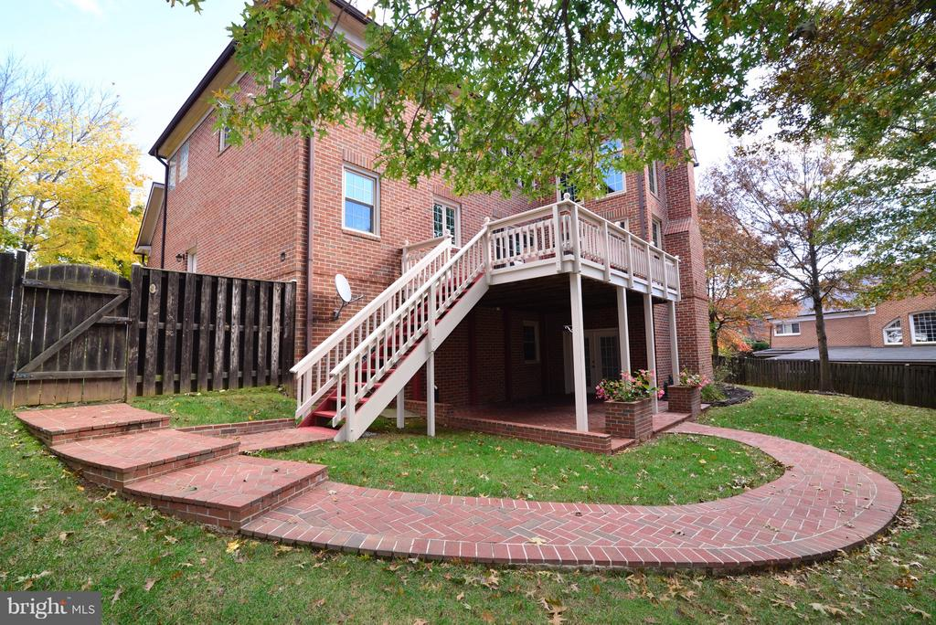 Brick Sidewalks - 14405 VIRGINIA CHASE CT, CENTREVILLE