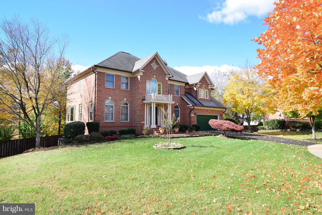 New Portico! - 14405 VIRGINIA CHASE CT, CENTREVILLE