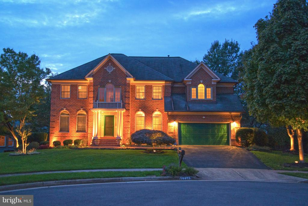 Night Lighting! - 14405 VIRGINIA CHASE CT, CENTREVILLE