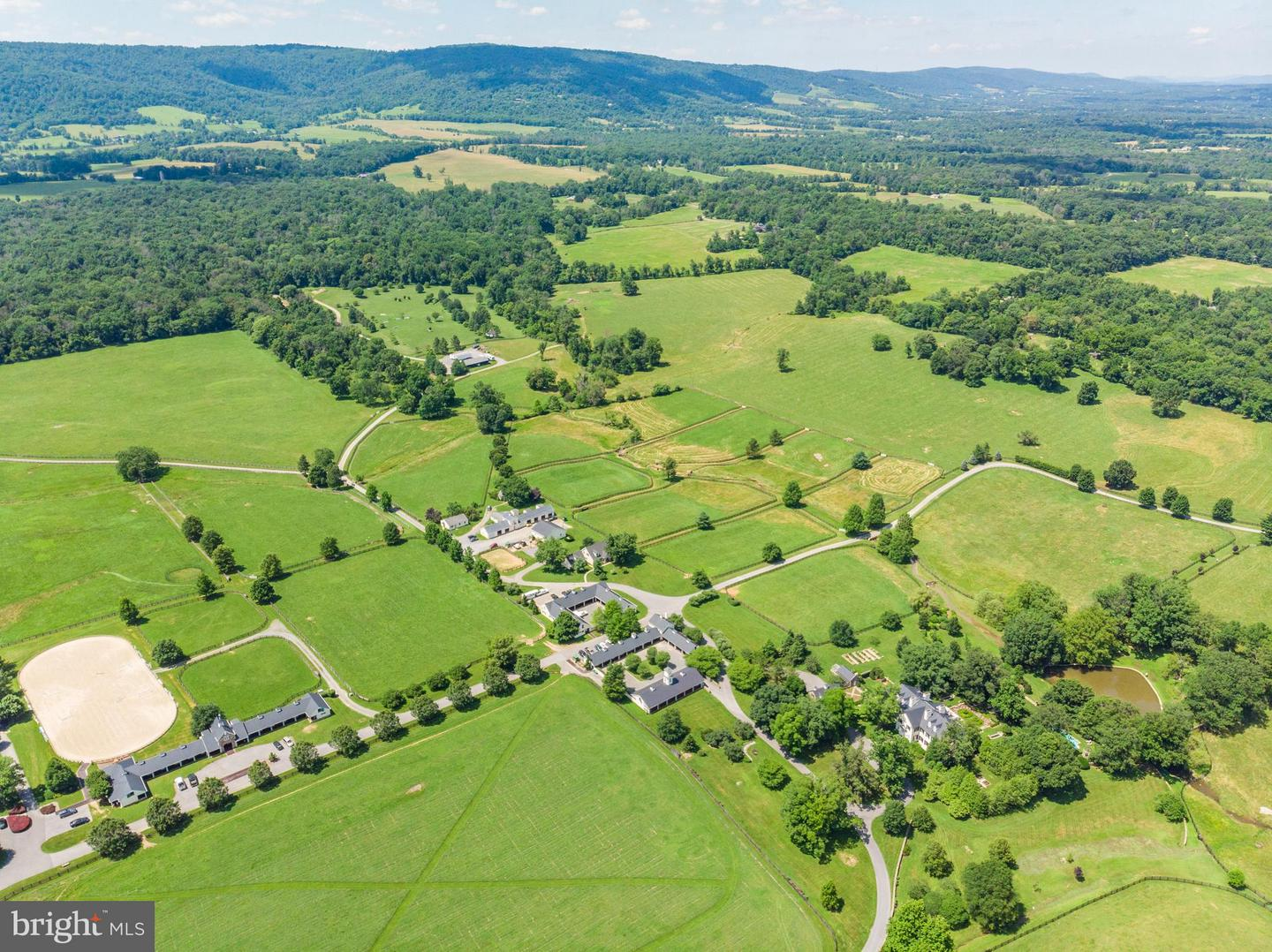 Single Family Homes for Sale at Upperville, Virginia 20184 United States