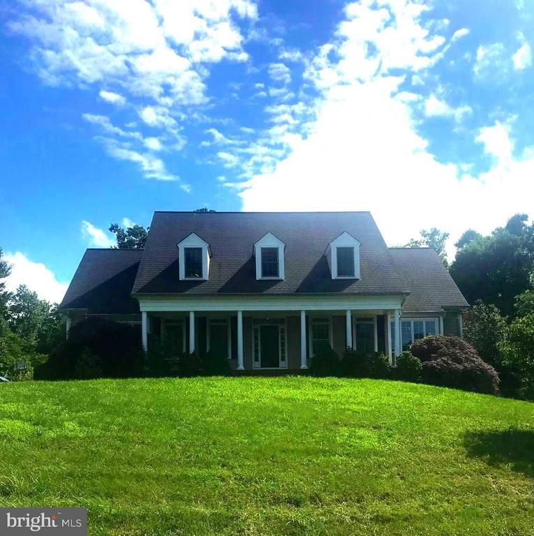 WELCOME HOME! - 55 AZTEC DR, STAFFORD