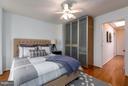 - 920 3RD ST NE, WASHINGTON