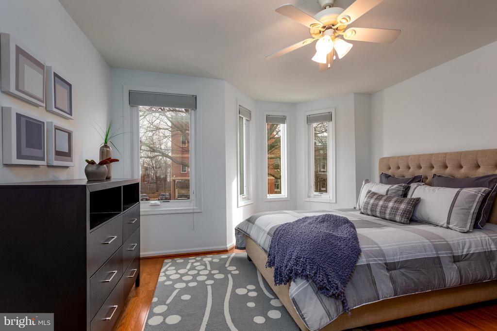 Master bedroom - 920 3RD ST NE, WASHINGTON