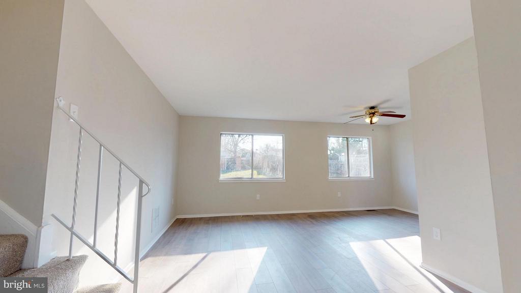 Living Room Sized for Living - 8807 CRANDALL RD, LANHAM