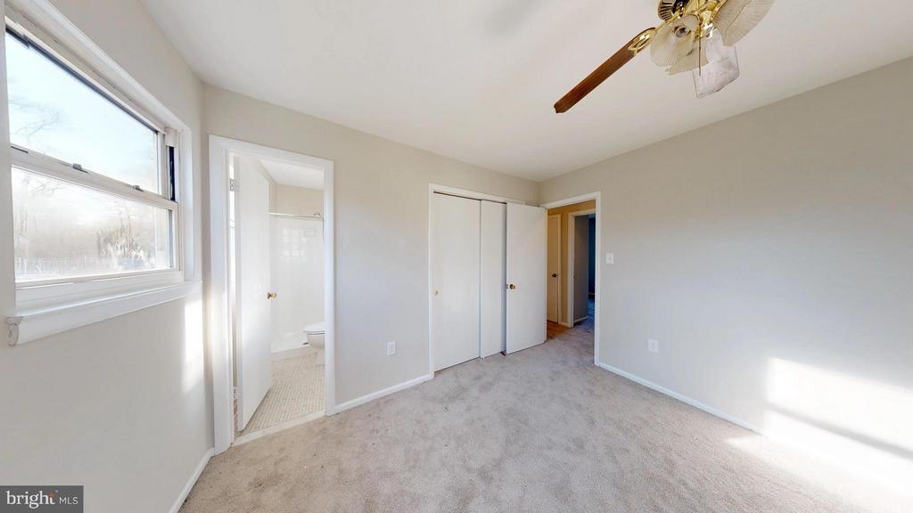 Master Bedroom with ensuite bath - 8807 CRANDALL RD, LANHAM