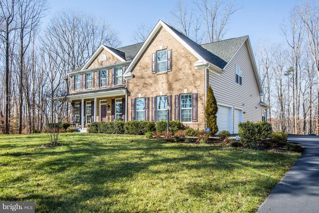 Panoramic views and 5,500 SF of living area! - 98 GENEVIEVE CT, FREDERICKSBURG