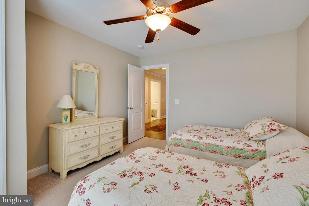another view of guest bedroom - 9727 COBBLE STONE CT, HAGERSTOWN