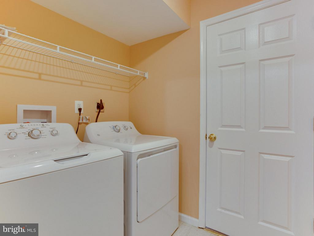 Laundry - 4203 BLACKSNAKE DR, TEMPLE HILLS