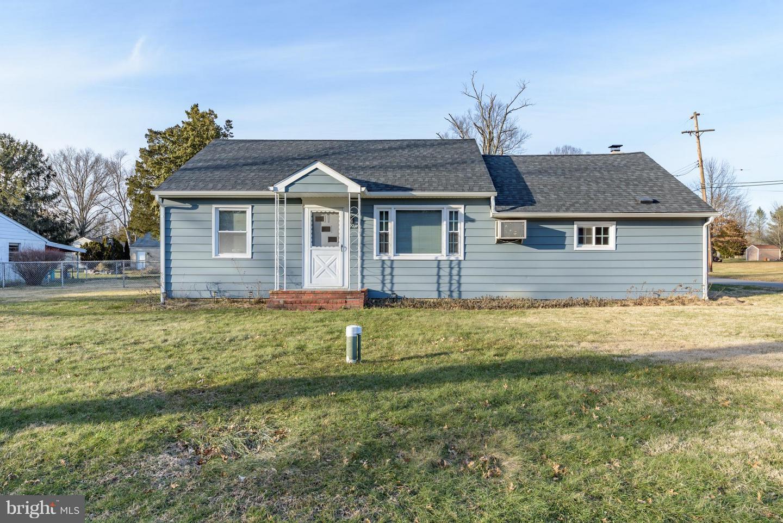 Частный односемейный дом для того Продажа на 2733 MONMOUTH Road Jobstown, Нью-Джерси 08041 Соединенные Штаты