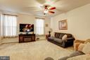 Living room - 5306 SMITHS COVE LN, GREENBELT