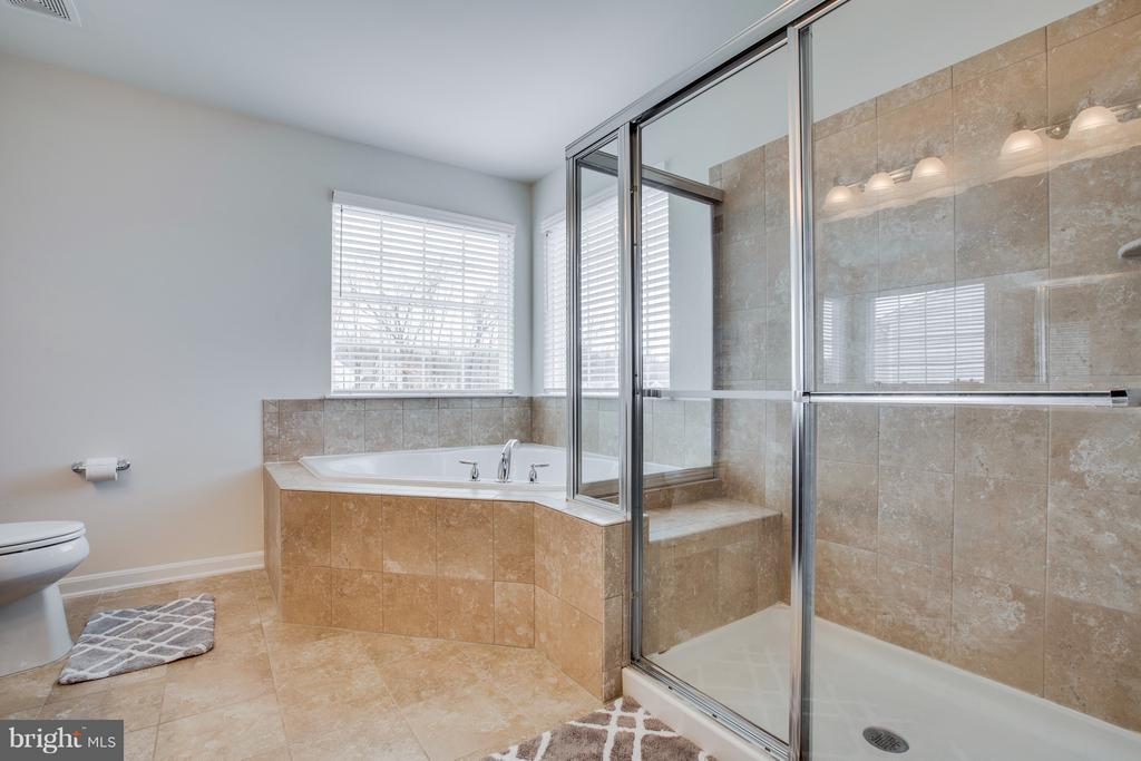 Upper Level Master Bathroom - 54 COLEMANS MILL DR, FREDERICKSBURG