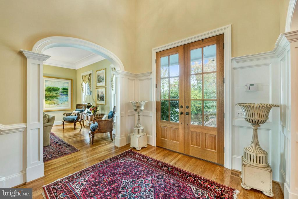 Lovely entrance foyer: Welcome to Southbreeze! - 1208 SOUTHBREEZE LN, ANNAPOLIS
