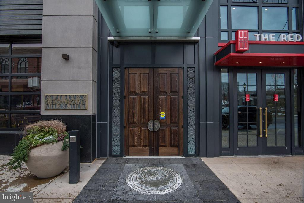 Building Main Entrance - 930 ROSE AVE #1905, NORTH BETHESDA