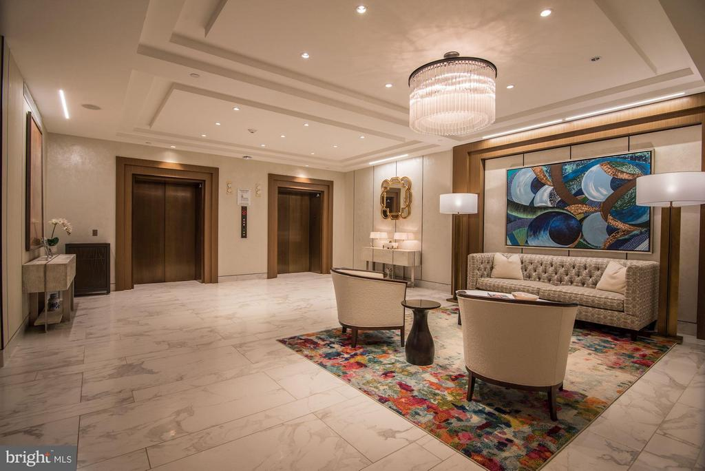 Elegant Lobby with Concierge - 930 ROSE AVE #1905, NORTH BETHESDA