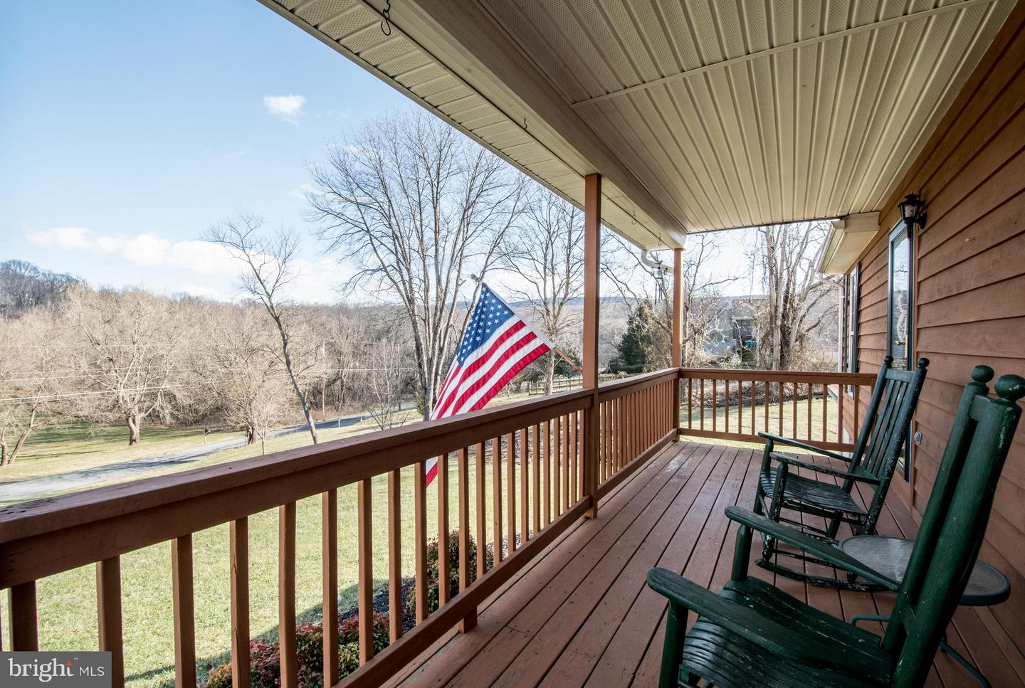 Single Family for Sale at 638 Avon Bend Rd Charles Town, West Virginia 25414 United States