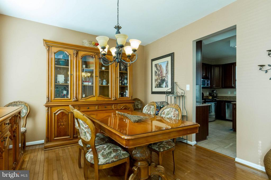 Dining Room with easy kitchen access - 3704 THOMASSON CROSSING DR, TRIANGLE