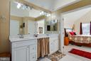 Large master bedroom w/ en suite bath - 3704 THOMASSON CROSSING DR, TRIANGLE