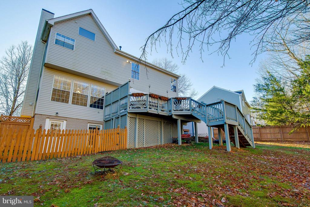 Large private backyard - 3704 THOMASSON CROSSING DR, TRIANGLE