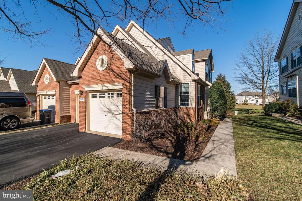 2-car Garage Too! - 43226 BALTUSROL TER, ASHBURN