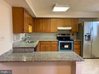 Granite countertop w/new appliances - 3652 WHARF LN, TRIANGLE