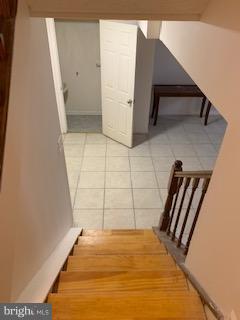 Stair down - 3652 WHARF LN, TRIANGLE