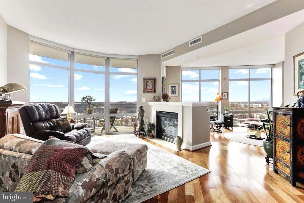 Spectacular views of the Blue Ridge Mountains - 11990 MARKET ST #913, RESTON