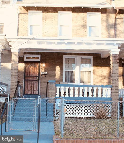 Welcome Home! - 1724 BAY ST SE, WASHINGTON