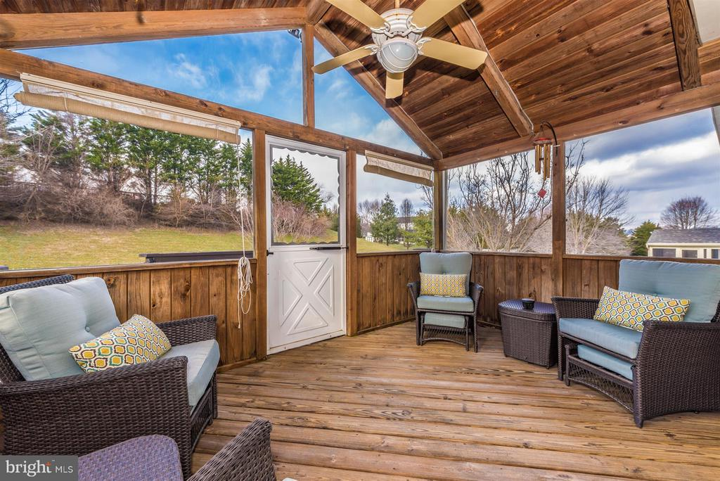 - 4816 OLD HOLTER RD, JEFFERSON