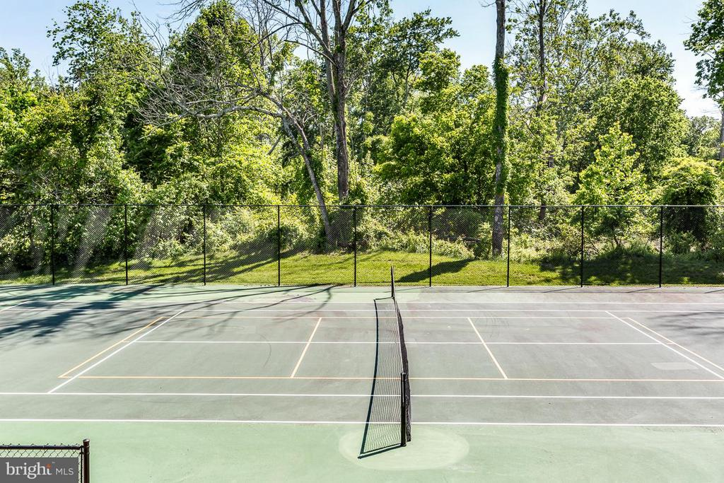 One of Several Dominion Valley Tennis Courts - 5194 BONNIE BRAE FARM DR, HAYMARKET