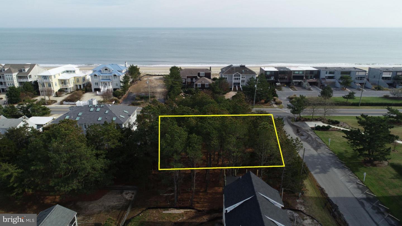 Property pour l Vente à Rehoboth Beach, Delaware 19971 États-Unis
