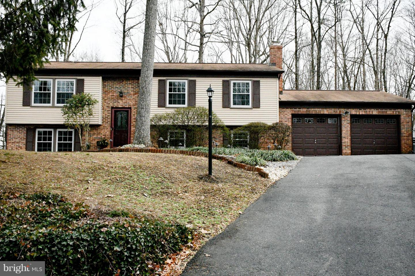 Single Family for Sale at 11 Pinecrest Ct 11 Pinecrest Ct Stafford, Virginia 22554 United States