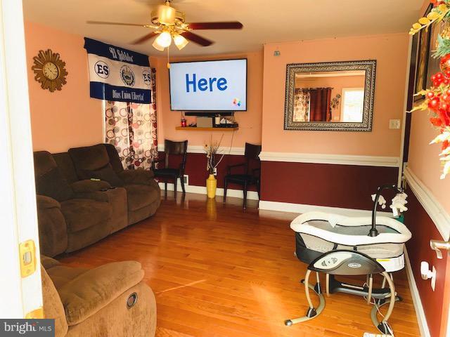 Living Room - 7610 AMHERST DR, MANASSAS