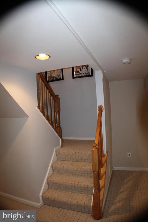 Basement Stairwell - 6606 FORSYTHIA ST, SPRINGFIELD