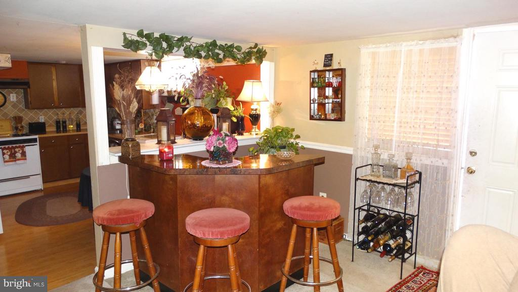 2 BR apartment (101), Dining area - 3630 TRIPOLI CT, DUMFRIES