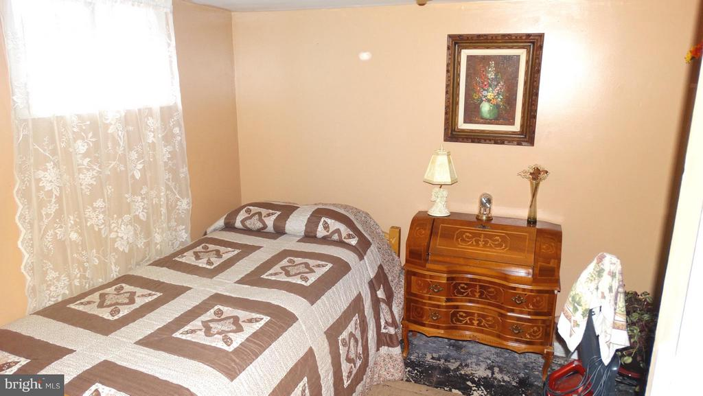 2 BR apartment (101), 2nd BR - 3630 TRIPOLI CT, DUMFRIES