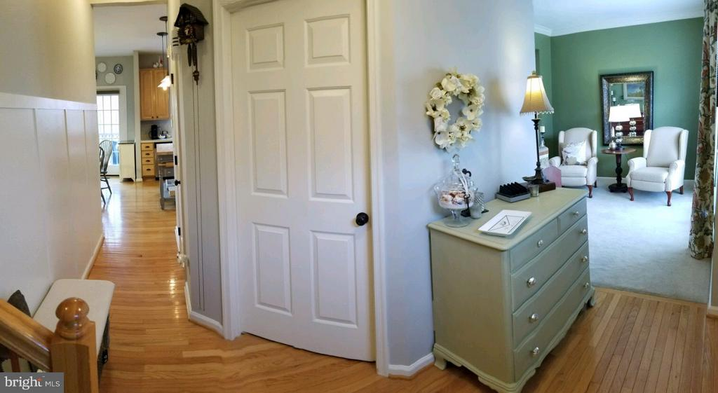 Entry way - 5629 EPPES ISLAND PL, MANASSAS