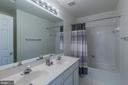 Upstairs Bathroom - 46909 BACKWATER DR, STERLING
