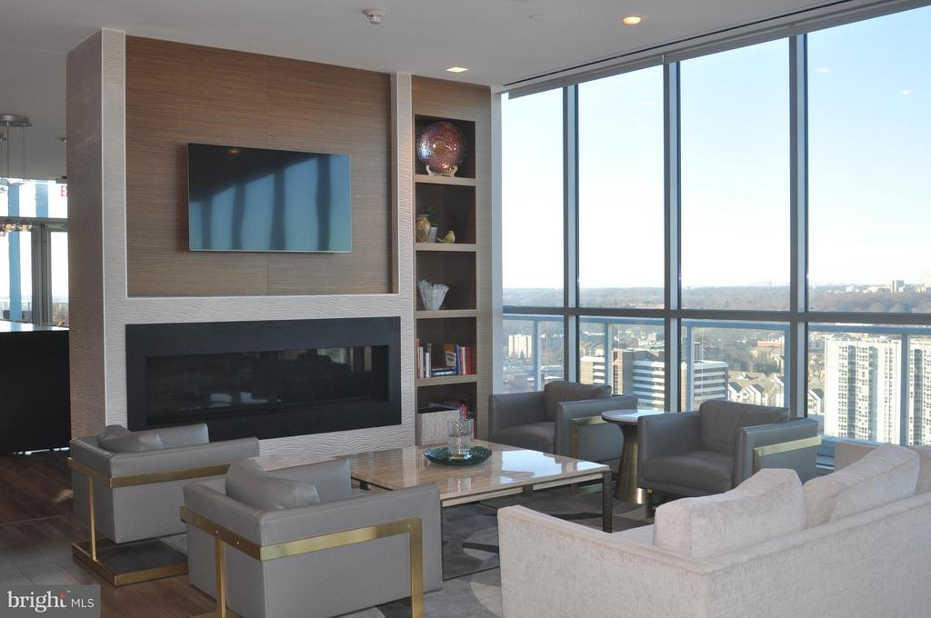 Community Rooftop with Gas Fireplace - 930 ROSE AVE #1905, NORTH BETHESDA