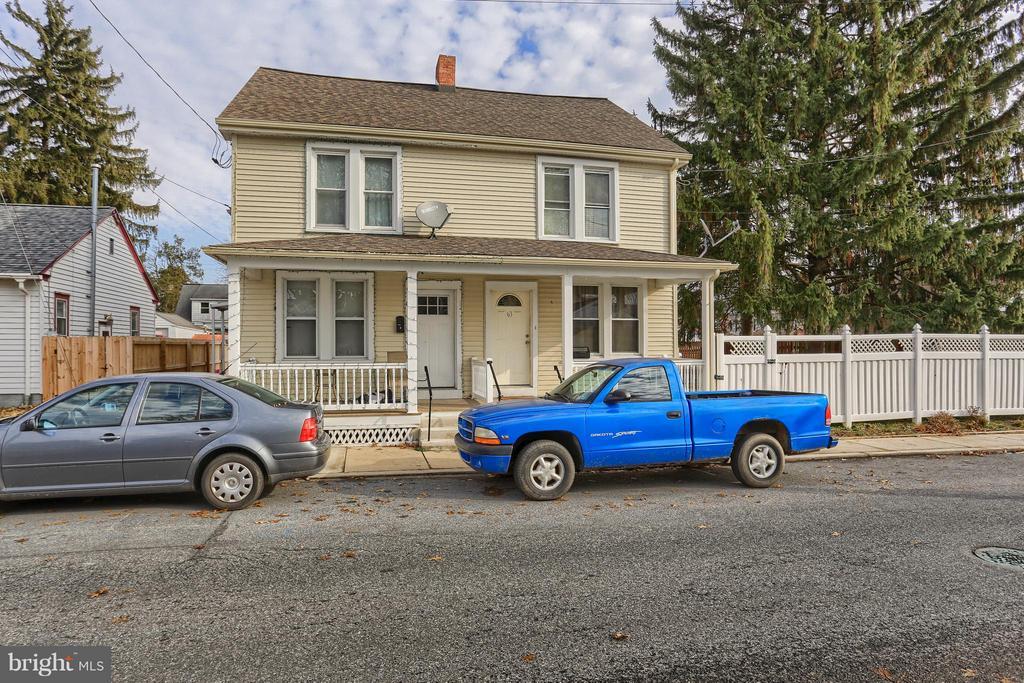 61 S WOLF STREET, Manheim, Pennsylvania