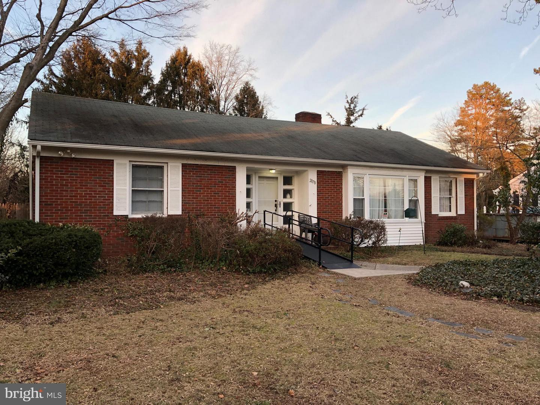 独户住宅 为 销售 在 2078 MEADOW Drive Vineland, 新泽西州 08361 美国
