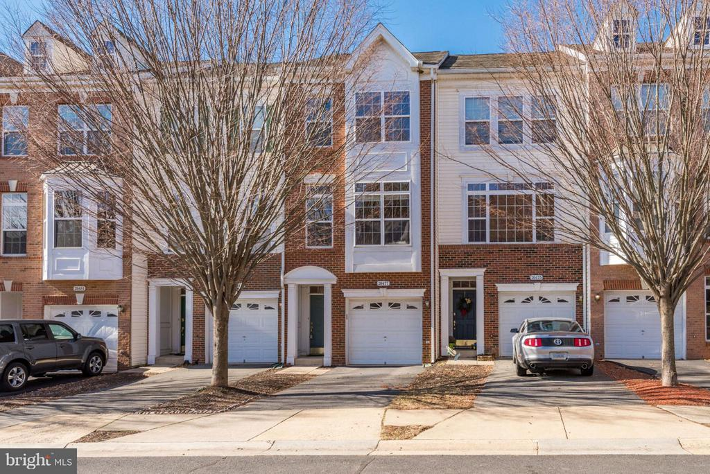 20477  GREYMONT TERRACE, Ashburn, Virginia