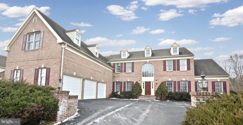 Частный односемейный дом для того Аренда на 75 ETTL CIRCLE Princeton, Нью-Джерси 08540 Соединенные Штаты