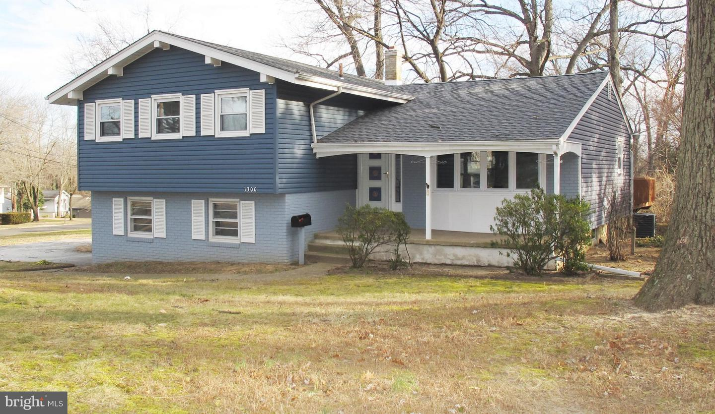 Single Family Home for Sale at 1300 WYNWOOD Drive Cinnaminson, New Jersey 08077 United StatesMunicipality: Cinnaminson