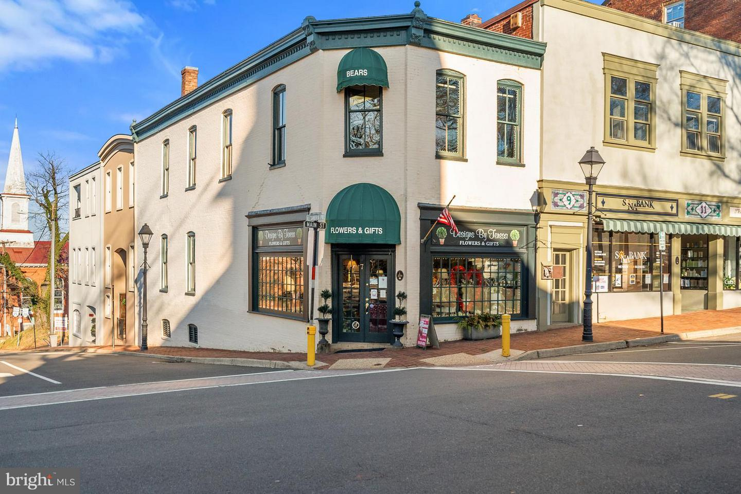 Commercial for Sale at 7 Main St 7 Main St Warrenton, Virginia 20186 United States