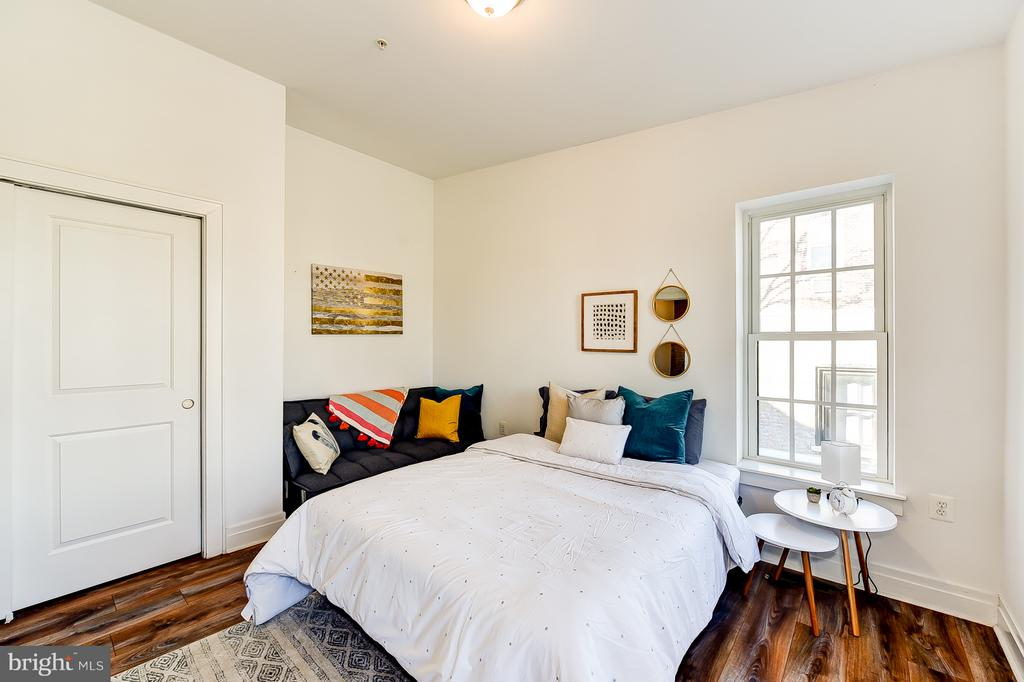Upper Floor Master Bedroom - 1101 S ST NW, WASHINGTON