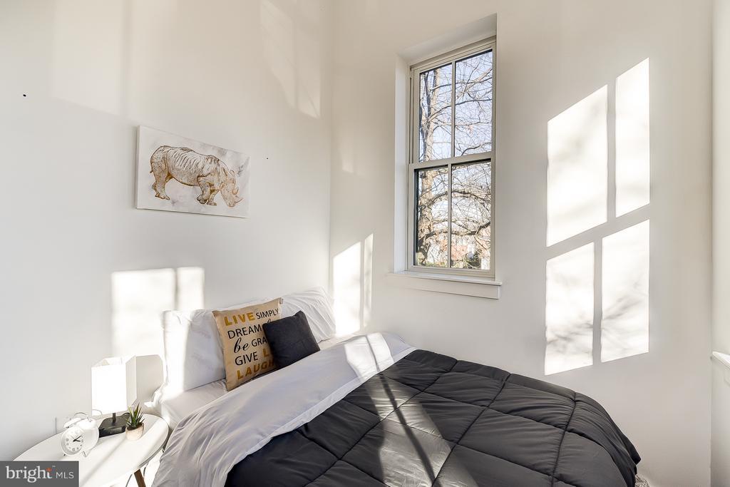 Upstairs Bedroom - 1101 S ST NW, WASHINGTON
